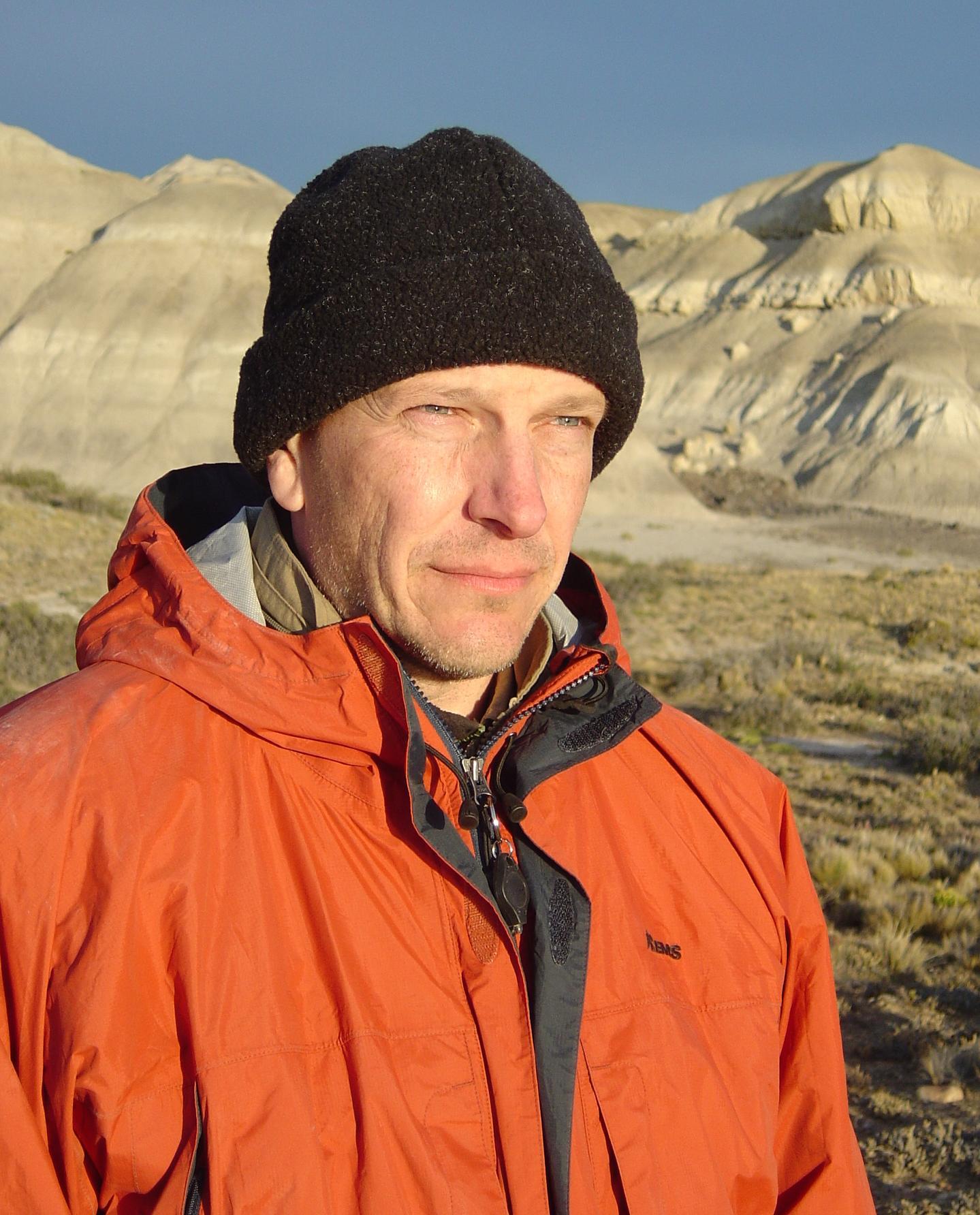 TED Book author: Kenneth Lacovara