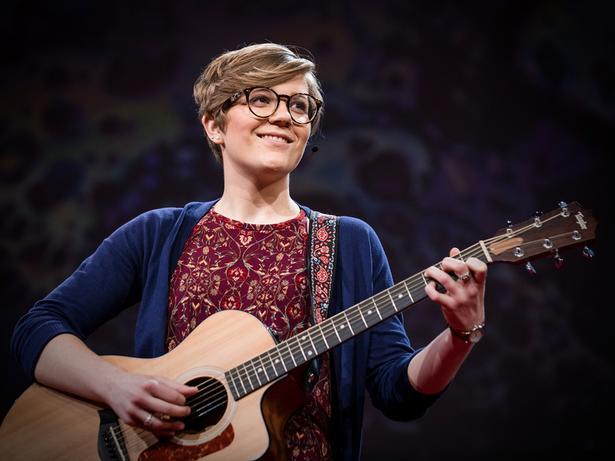 كيف وجدت نفسي من خلال الموسيقى | Anika Paulson