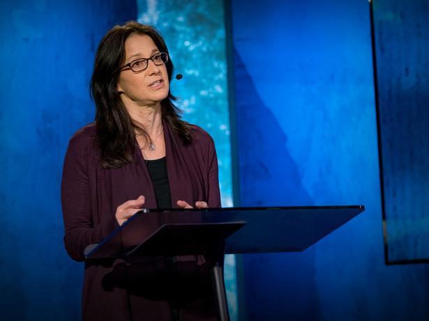 كيفية إجراء حواراتٍ بين أشخاص يتخالفون في الرأي | Eve Pearlman