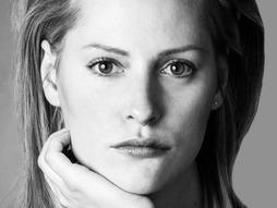 Aimee Mullins amputee