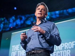 دن پالوتا: طرز فکر ما در مورد خیریه، به شدت غلط است