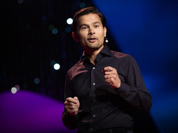 What are you willing to give up to change the way we work? | Martin Danoesastro