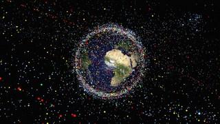 بیایید مدار زمین را از زبالههای فضایی خالی کنیم