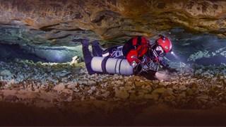 جهان اعجابانگیز غارهای زیر آب