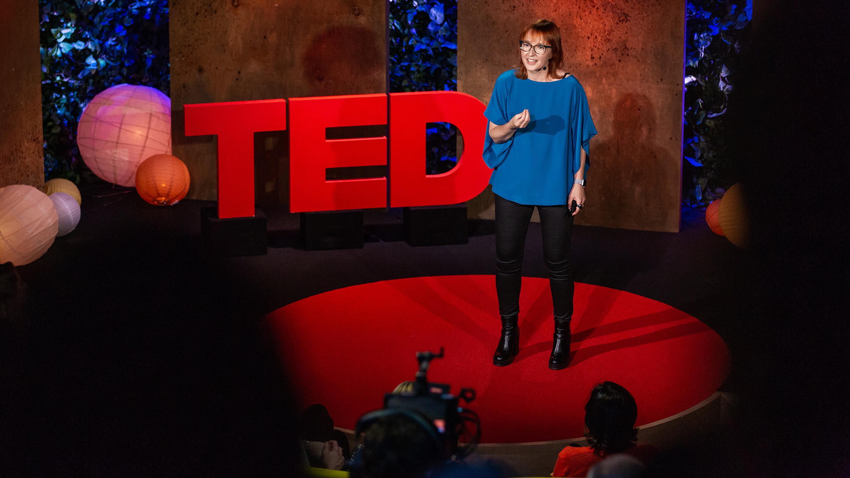 Video thumbnail - Melinda Epler giving a presentation