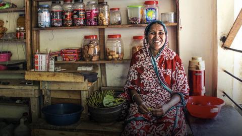 4 steps to ending extreme poverty   Shameran Abed