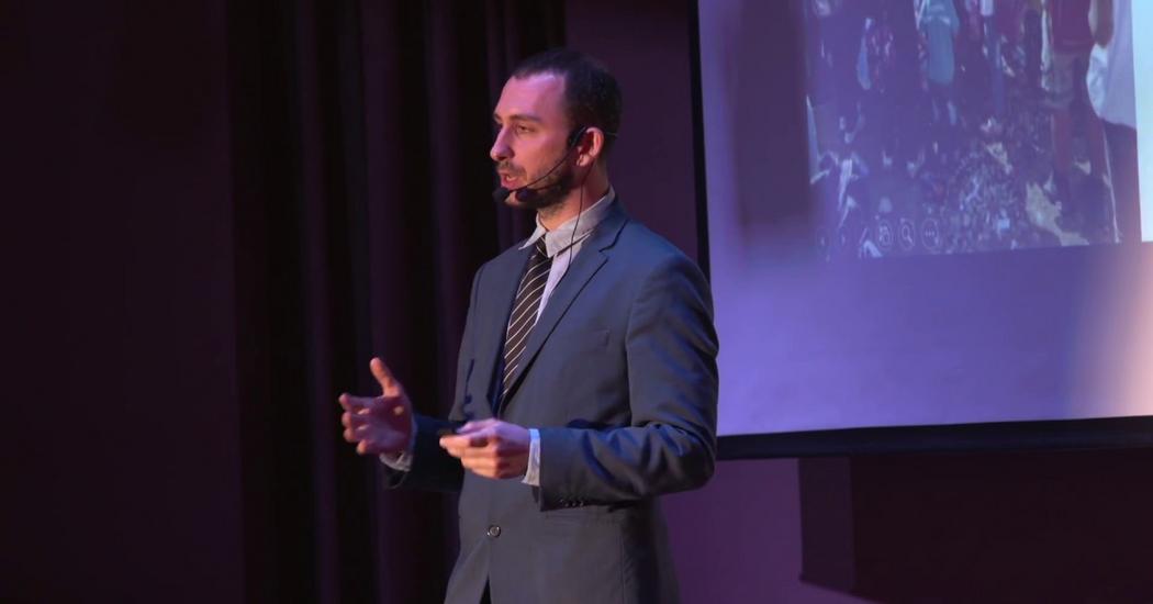 Konstantinos Peristeris: The Art of Listening | TED Talk